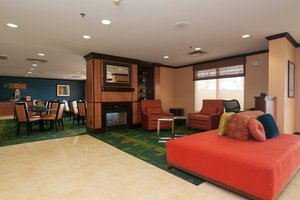 Lobby - Fairfield Inn by Marriott Northwest Columbia