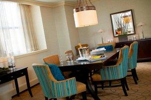 Suite - Renaissance Hotel Cleveland