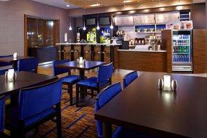 Restaurant - Courtyard by Marriott Hotel Newark