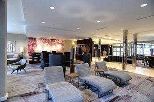 Lobby - Courtyard by Marriott Hotel OSU Columbus