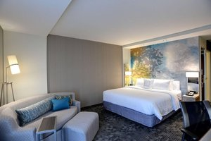 Room - Courtyard by Marriott Hotel OSU Columbus