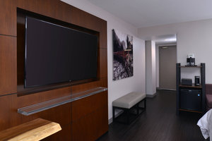 Suite - Marriott Hotel Visalia