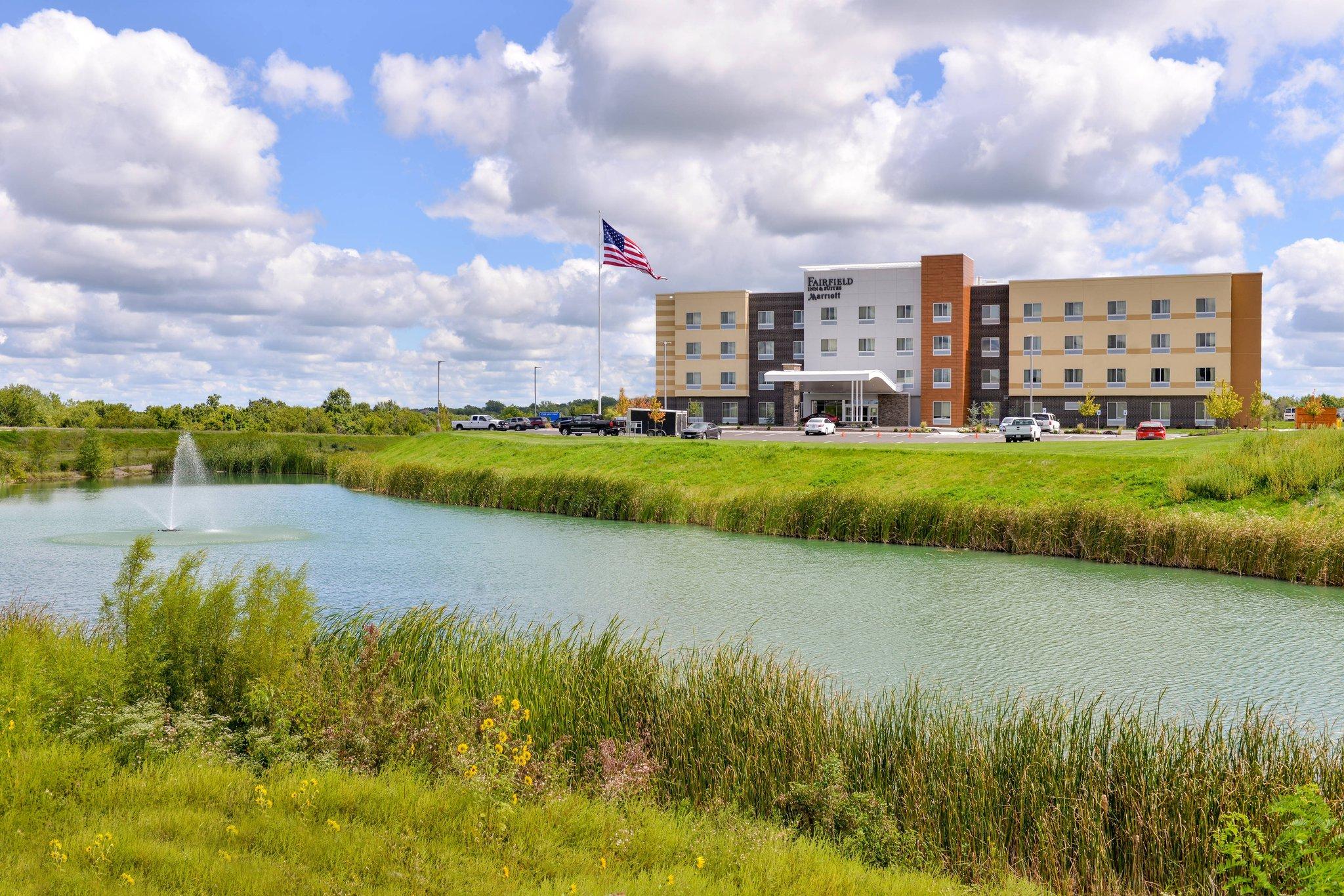 Fairfield Inn and Suites by Marriott Warrensburg