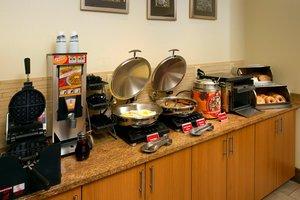 Restaurant - TownePlace Suites by Marriott Lexington Park