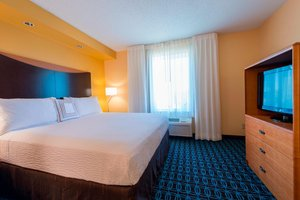Suite - Fairfield Inn & Suites by Marriott Greenwood