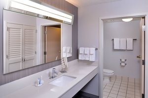 Suite - Courtyard by Marriott Hotel Decatur