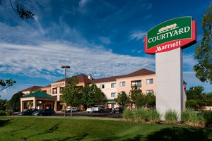 Exterior view - Courtyard by Marriott Hotel East Wichita