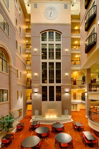 Lobby - Courtyard by Marriott Hotel at Old Town Wichita