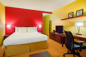 Room - Courtyard by Marriott Hotel Brandywine Wilmington