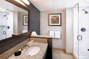 Room - Courtyard by Marriott Hotel Downtown Indianapolis