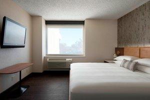 Suite - Marriott Hotel Fullerton