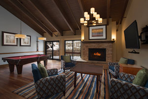 Bar - Marriott Vacation Club StreamSide Douglas Villas Vail