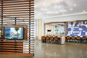 Lobby - Courtyard by Marriott Hotel Downtown Santa Monica