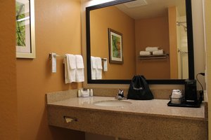 - Fairfield Inn & Suites by Marriott Frankfort
