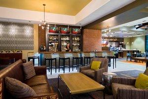 Bar - Courtyard by Marriott Hotel Downtown Little Rock