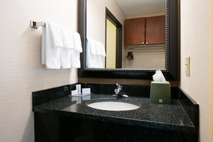 Room - Fairfield Inn & Suites by Marriott Airport Kansas City