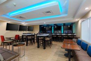 Restaurant - TownePlace Suites by Marriott Edinburg
