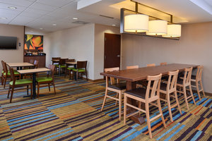 Restaurant - Fairfield Inn by Marriott New Orleans Airport Kenner