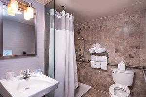 Room - Fairfield Inn by Marriott Times Square Manhattan