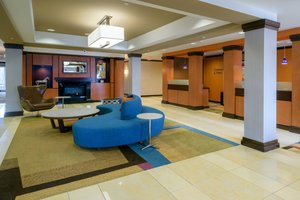 Lobby - Fairfield Inn & Suites by Marriott Kennett Square