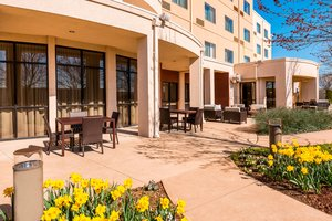 Exterior view - Courtyard by Marriott Hotel North Wales