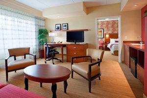 Suite - Courtyard by Marriott Hotel Collegeville