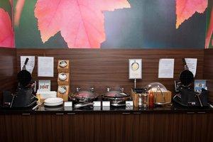 Restaurant - Fairfield Inn & Suites by Marriott Moncton