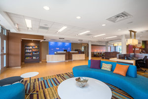 Lobby - Fairfield Inn & Suites by Marriott Bloomsburg