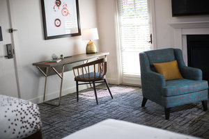 Room - Renaissance Lodge at Sonoma Resort & Spa