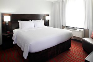 Suite - Courtyard by Marriott Hotel St Cloud