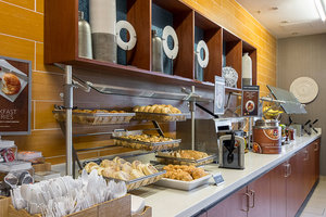 Restaurant - SpringHill Suites by Marriott Tampa Northeast
