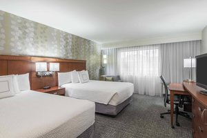 Room - Courtyard by Marriott Hotel Knoxville
