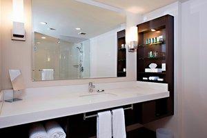 Room - Delta Hotel by Marriott Victoria Ocean Pointe Resort