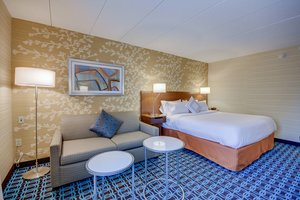Room - Fairfield Inn by Marriott Woburn