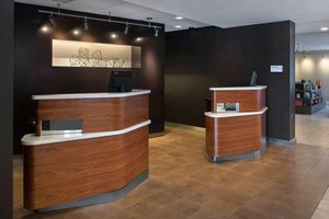 - Courtyard by Marriott Hotel Norwood