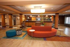 Lobby - Fairfield Inn & Suites by Marriott South Akron