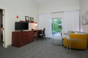 Suite - Courtyard by Marriott Hotel Chico