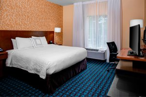 Room - Fairfield Inn & Suites by Marriott Douglas