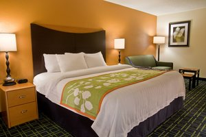 Room - Fairfield Inn by Marriott Spokane