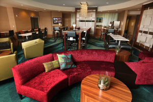Lobby - SpringHill Suites by Marriott Sioux Falls