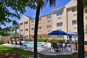Recreation - Fairfield Inn by Marriott Orange Park