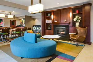 Lobby - Fairfield Inn by Marriott Olathe