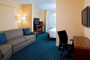 Room - Fairfield Inn & Suites by Marriott Village Lake Buena Vista