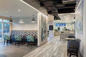 Restaurant - Fairfield Inn & Suites by Marriott Village Lake Buena Vista