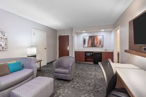 Suite - Courtyard by Marriott Hotel Airport Lafayette
