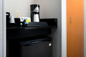 Room - Fairfield Inn & Suites by Marriott Miami