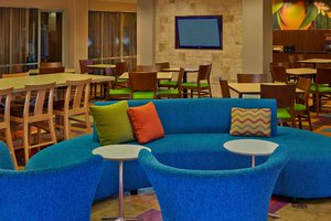 Restaurant - Fairfield Inn & Suites by Marriott Boca Raton