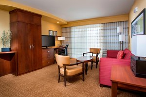 Suite - Courtyard by Marriott Hotel Peoria