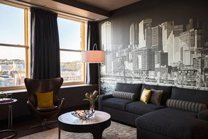 Suite - Renaissance by Marriott Hotel Pittsburgh