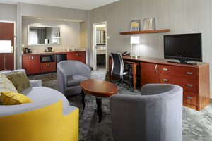 Suite - Courtyard by Marriott Hotel Shadyside Pittsburgh
